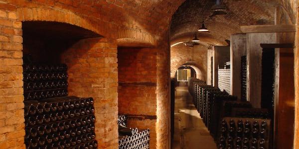 Lagring af tappede flasker i Piemonte